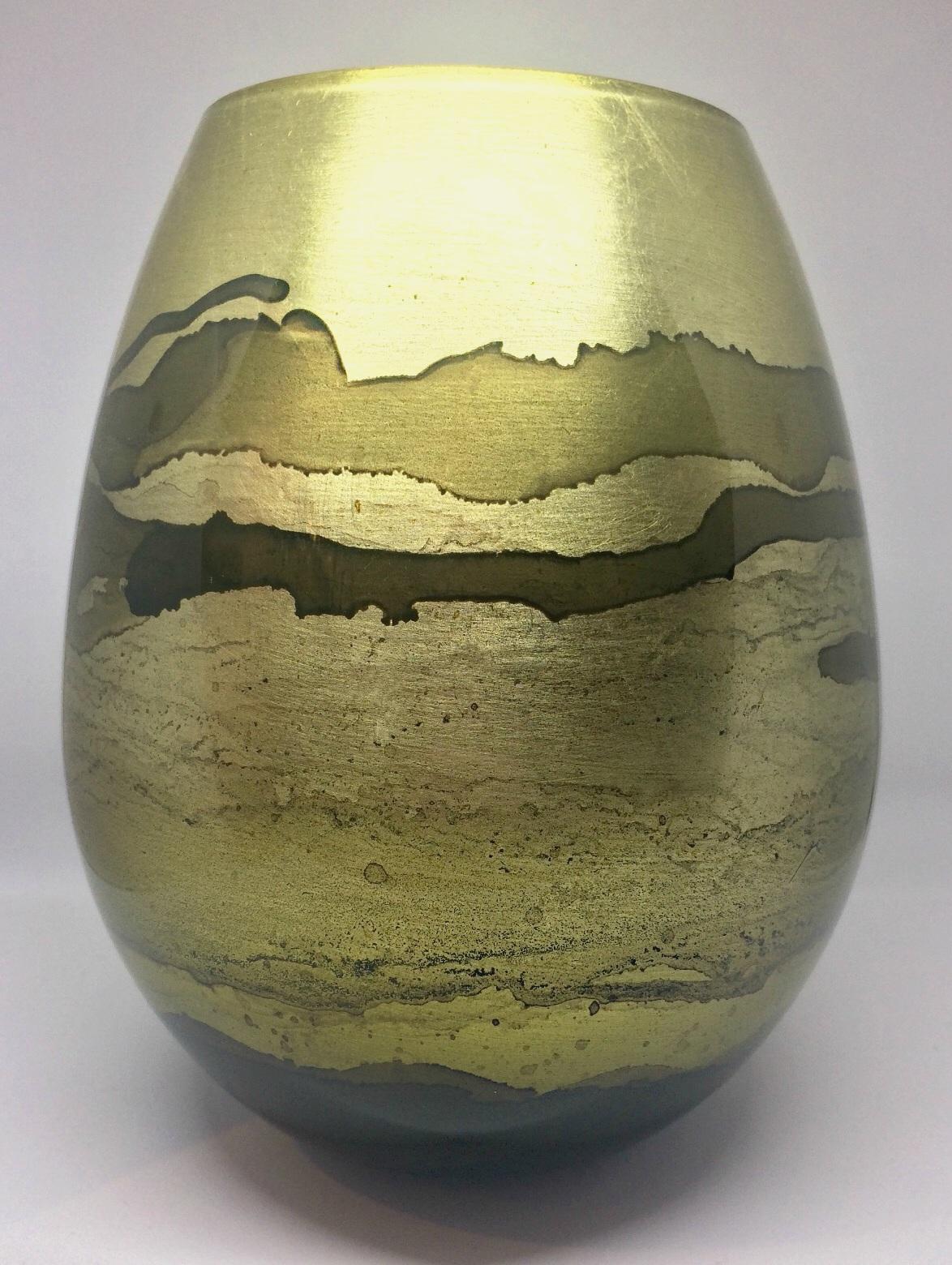 Graff.Vase.105
