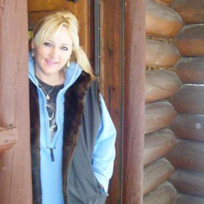 heather-cabin