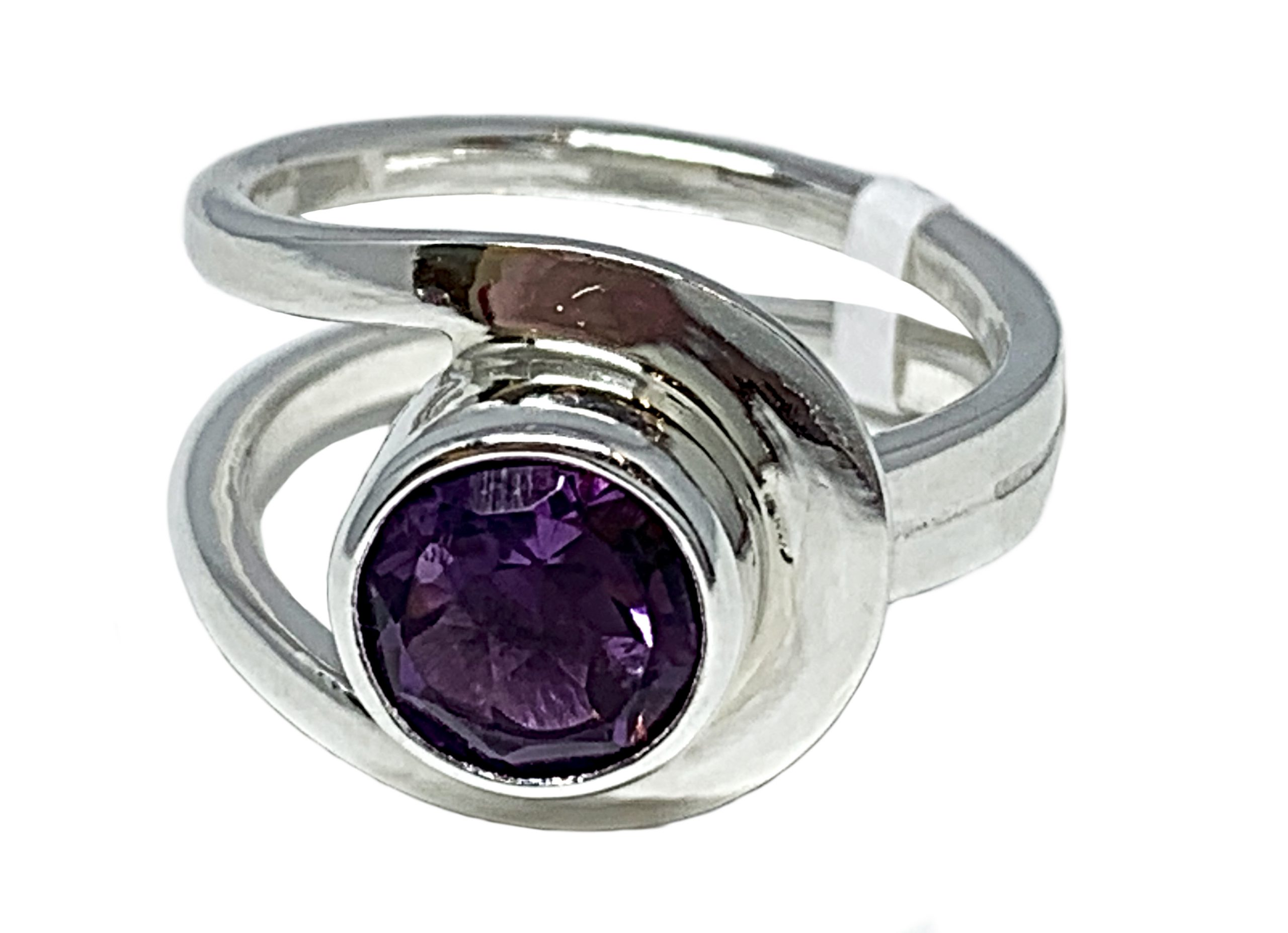 Sterling silver and 2.5 ct amethyst ring by A&R Jewellery | Effusion Art Gallery + Cast Glass Studio, Invermere BC