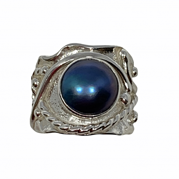 Sterling silver and black pearl ring by A&R Jewellery   Effusion Art Gallery + Cast Glass Studio, Invermere BC