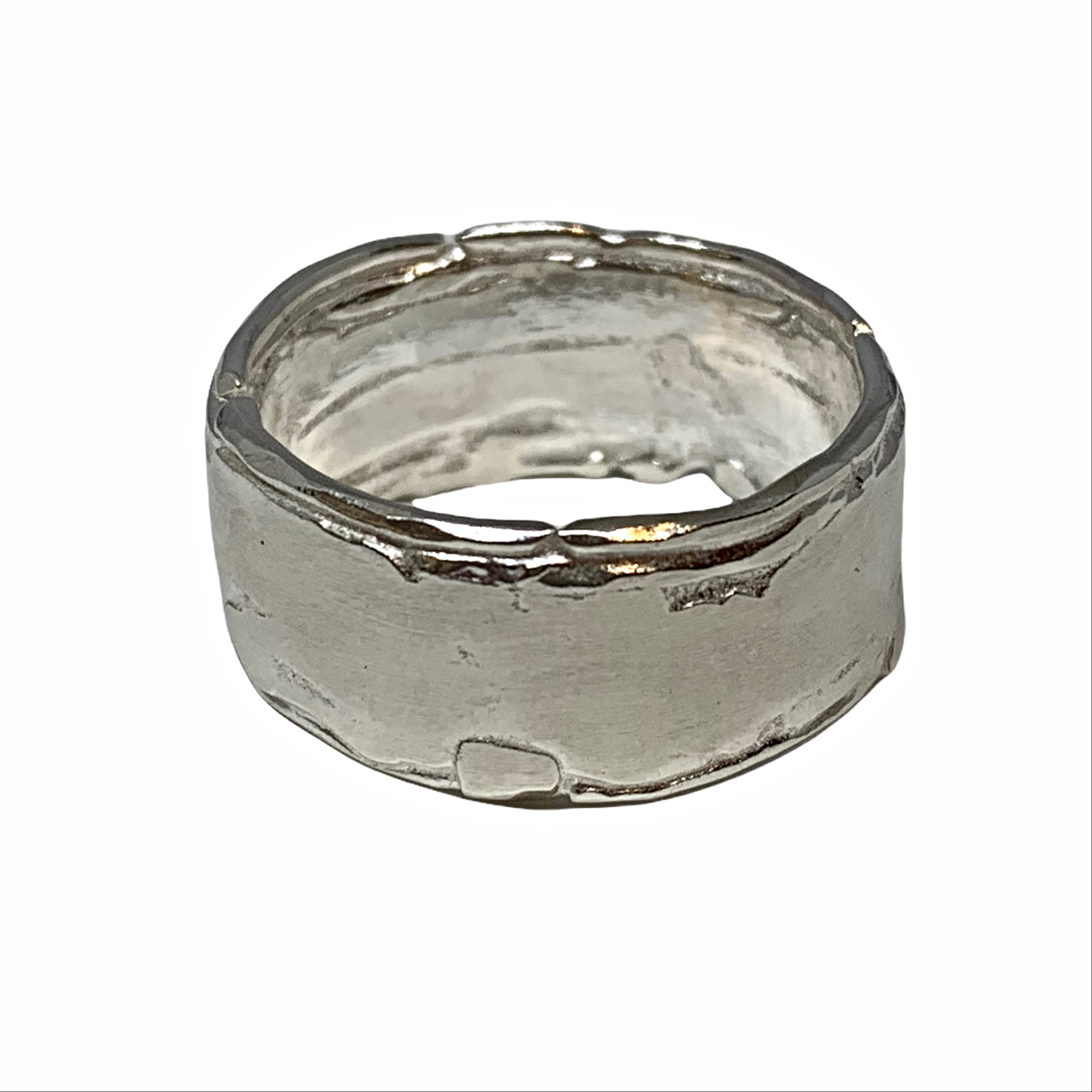 Handmade sterling silver ring by A&R Jewellery | Effusion Art Gallery + Cast Glass Studio, Invermere BC